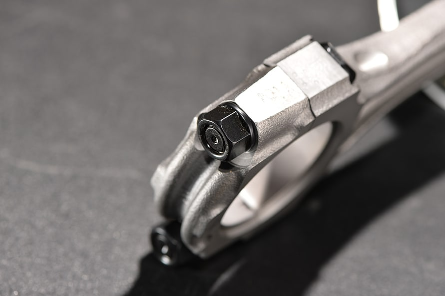 ARPのコンロッドボルトはチューニングエンジンでは定番のパーツ