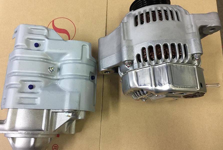 オルタネーターやセルモーターもAE86後継モデルから流用でしのいでいるが、そろそろ厳しくなってきている
