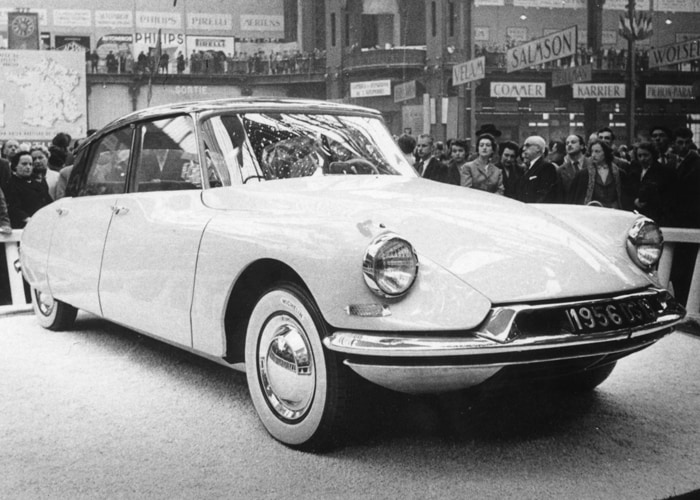 カーオブザセンチェリー シトロエンds 1955年 トヨタ自動車の