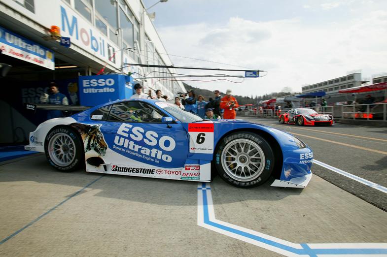 岡山国際サーキットで開催された、2005年シーズンの開幕戦の様子。10年にわたって続いてきたJGTCは2004年をもって終了し、同年よりSUPER GTとして再スタートすることとなった。