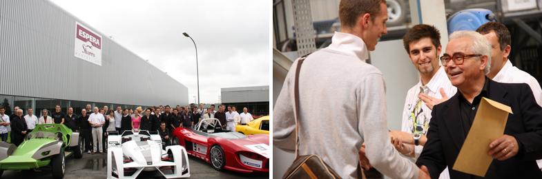 プジョーの生産拠点にも近いフランス東部モンベリアールに校舎をもつカーデザイン学校「エスペラ・スバッロ」にて。卒業式のプログラムには、製作した車両のテストランも含まれている。右は卒業証書を手渡すスバッロ氏。