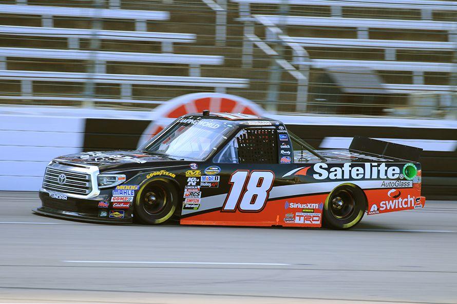 NASCAR Camping World Truck Seriesに参戦するトヨタ・タンドラ