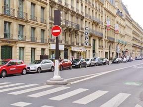 海外クルマ事情 AT車は笑われる!? パリのクルマ事情