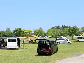 日常も旅も使えるキャンピングカー! コンパクトバンコン
