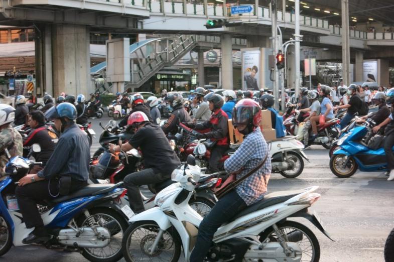 バンコクの渋滞について。時間帯や場所 ...