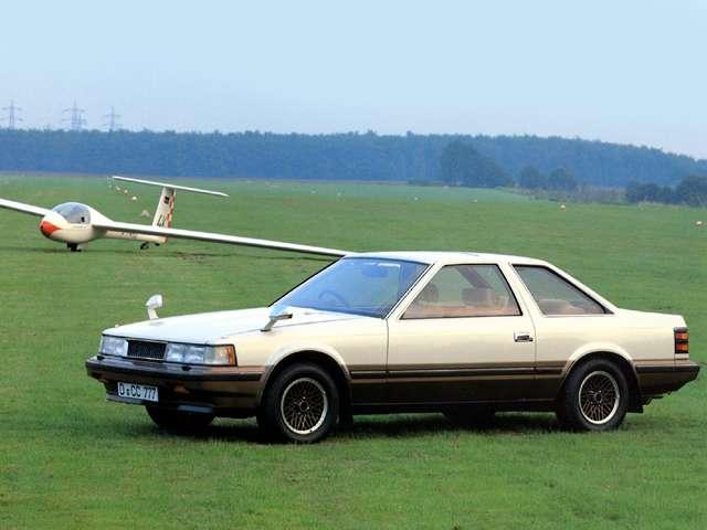 「ハイソカー」とも呼ばれ、プレミアムなスペシャリティカーのブームを生み出した初代「ソアラ」