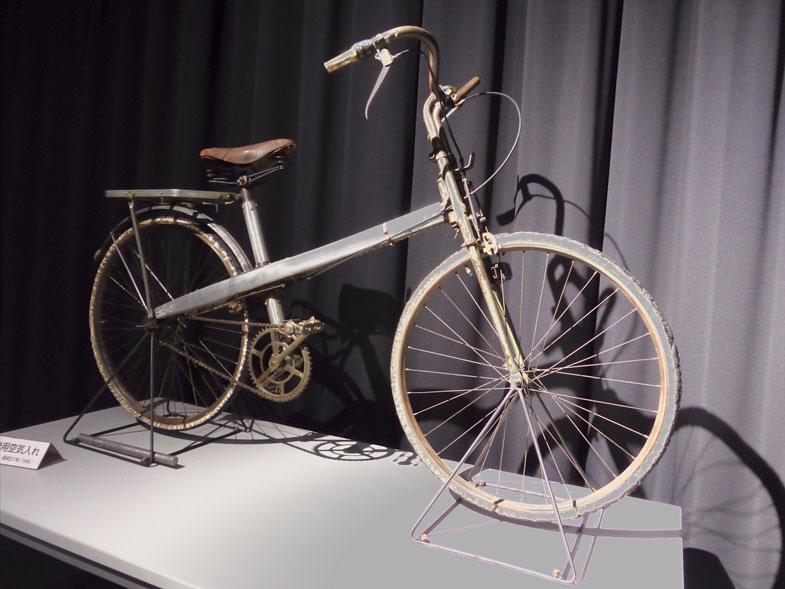 アルミ合金を多用して作られた自転車、十字号