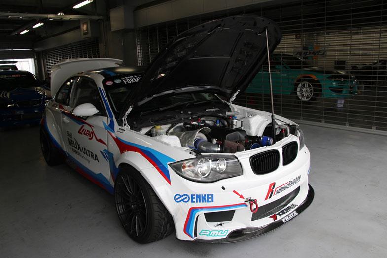 TRC BMW 1Series:トヨタの2JZエンジンに換装し、「T88-33D」ターボチャージャーを搭載する