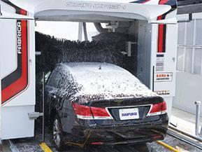 こんなに進化! 最新の洗車機がすごいことになっている