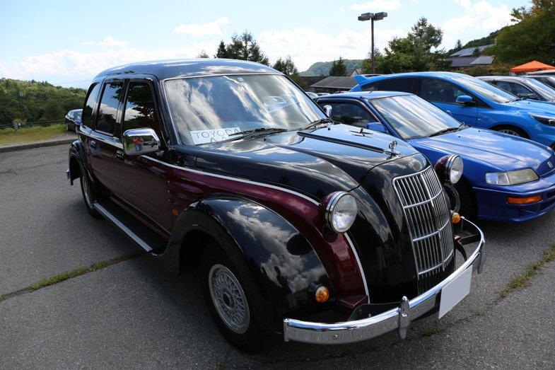 モチーフとなったトヨダ・AA型乗用車を開発したのは「豊田自動織物製作所自動車部」