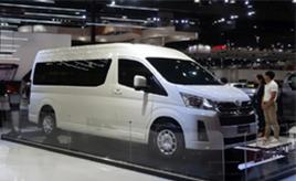 噂の新型ハイエースも展示。バンコクモーターショー2019で見かけた日本で売っていない日本車
