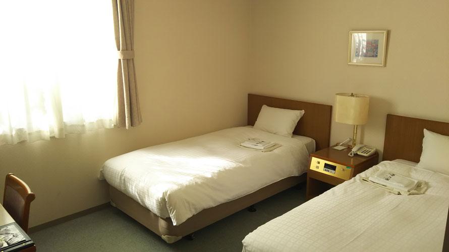 東名高速道路・足柄SA「レストイン時之栖」客室