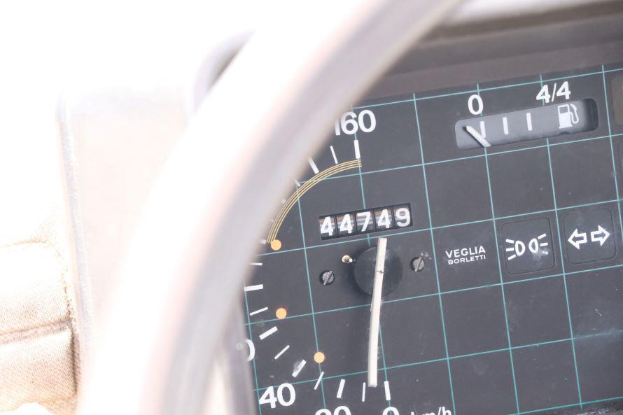 メーターの表示は44,000キロ超。実はこの数字を示すのは4度目だそうで、合計すると、現在は344,000キロほどになるのだそう