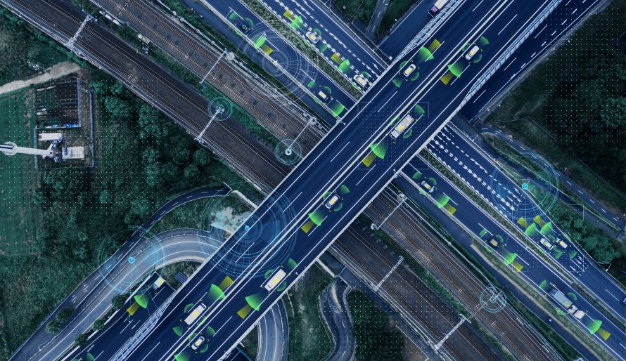 高速道路はより快適に!? 事故防止機能もアップした10年後は遠方ドライブが今以上に楽しくなるかも!
