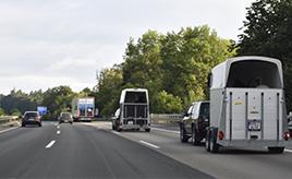 【ニュル24時間観戦記】レンタカーで走ったニュルブルクリンクまでの道。アウトバーン、ラウンドアバウト…ドイツの交通事情