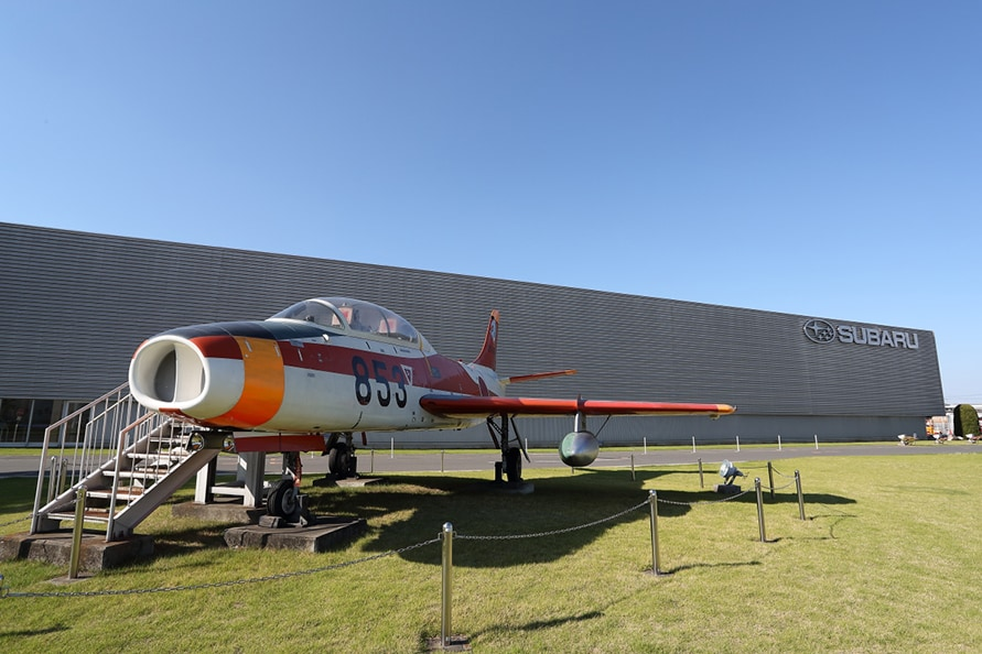 戦後初の国産ジェット練習機T-1「初鷹」