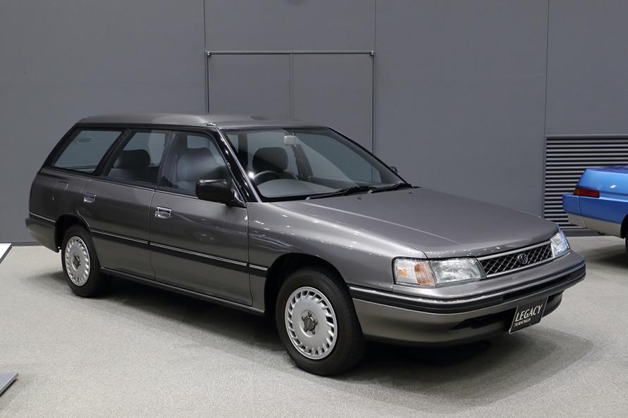 初代レガシィツーリングワゴンはターボエンジン搭載のGTではなく1800ccのTi