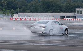 クルマの限界を体験!一般参加できる「モビリタ」の交通安全体験プログラム