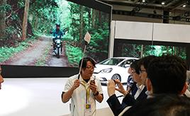 裏話もいっぱい! マニアも初心者も楽しい「自動車ジャーナリストと巡る東京モーターショー」を体験してみた