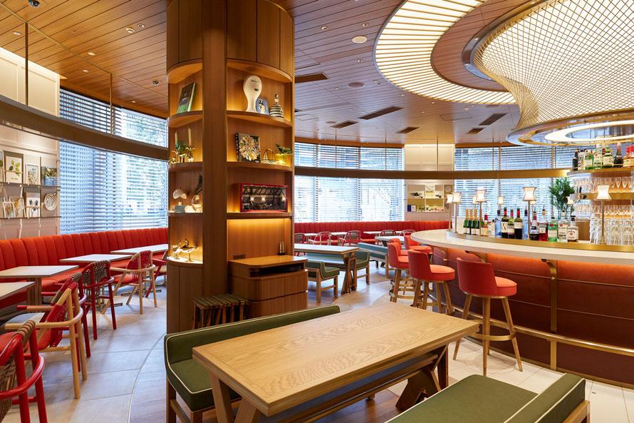 コンセプトカフェ「THE SPINDLE」。写真右上にはスピンドルグリルを模したファサードが