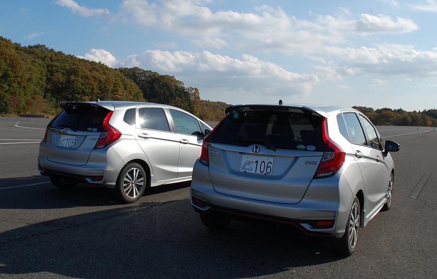 この日のレンタル車両は、ホンダのコンパクトスポーティモデル「FIT(フィット)RS」。他にも「ジェイド」や「ヴェゼル」、「ステップワゴン」が用意され、車種は講習内容により選ばれる