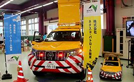 年間走行2,300万km!高速道路を走る「黄色いパトロールカー」の役目とは?