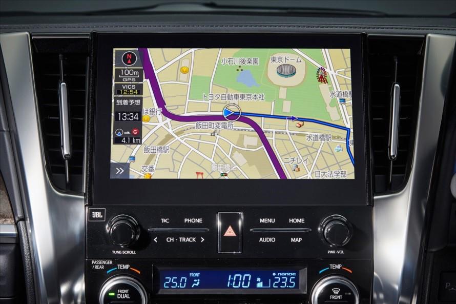 「アルファード」に搭載される「T-Connect SDナビゲーションシステム」は10.5インチ