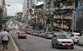 タクシーの主流はプロボックス? ミャンマー「ヤンゴン」のクルマ事情