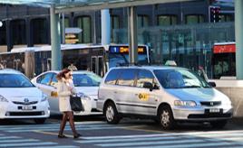 <世界のタクシー事情>SUVやミニバンも。世界にはどんなタクシーがあるの? スイス・ジュネーブ編