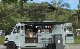 メルセデスベンツ「トランスポーター」からコーヒーが香る「DOMINGO COFFEE 10」<キッチンカー探訪>
