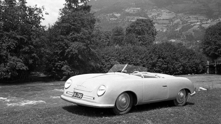 ポルシェの量産第一号車となった「356」