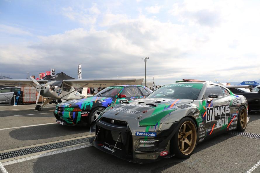 奥から自社航空用エンジンを搭載したセスナ、Gr.A R32 GT-R、Racing Performer R35 GT1000+