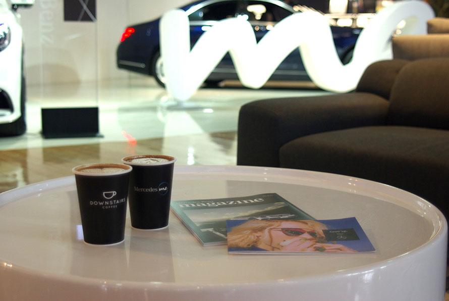 Mercedes meカフェスペース