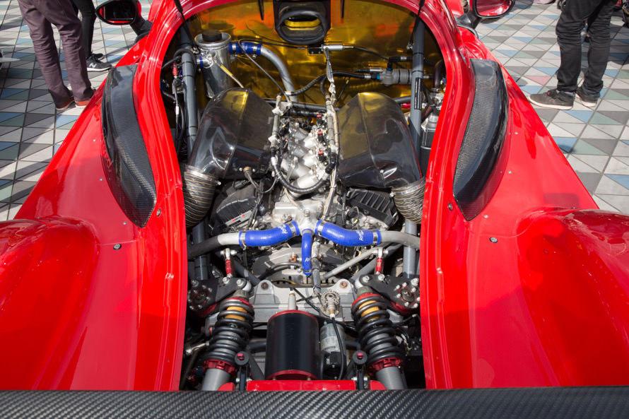 搭載されているエンジンは、フォード・マスタング用の自然吸気V6エンジンがベース。自然吸気エンジンを搭載した個体は世界的にも希少だそう