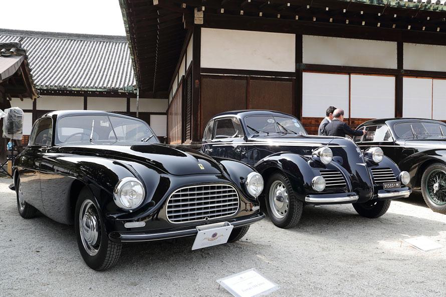 左:フェラーリ 166インテル(1949年)、右:フィアット 1500 6C トゥーリング(1939年)
