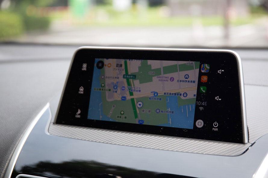 「Apple CarPlay」でマップアプリを使用したところ。9月配信予定のiOS 12にてGoogle Mapなどが利用できるようになるようだ