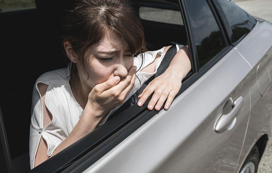 車酔いはなぜ起きる 耳鼻科医に聞く乗り物酔いのメカニズムと対処法