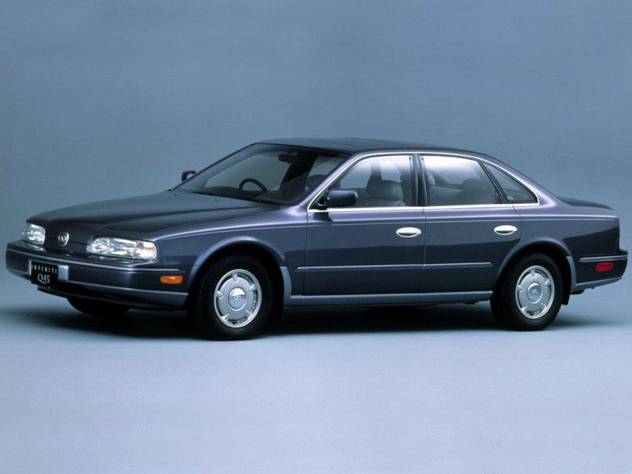 さまざまなキャラクターが乗るシーンがある1台。1980年代後半には「ハイソカー」が流行っており、作品中にもよく登場する
