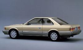 ファミリア、レパード、GT-FOUR……1970~1980年代の「邦画」に登場したクルマたち