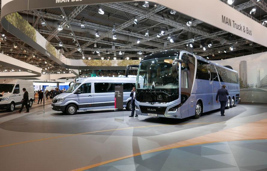 MAN観光バス