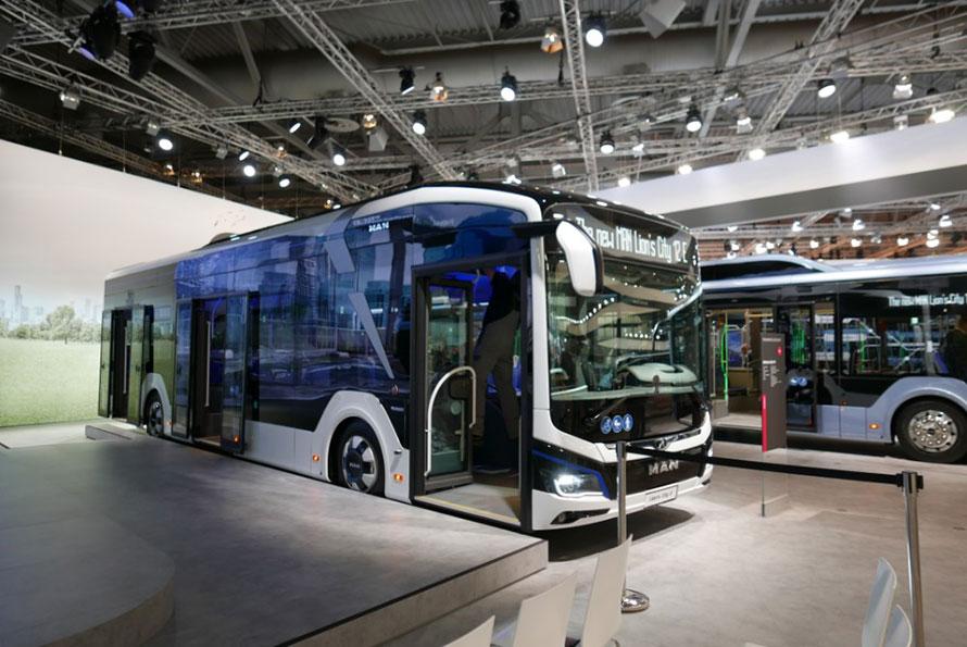 ワールドプレミアされたMANのEVバス、ライオンズシティ12E。480kWhバッテリーを搭載し、航続距離は200km~270km