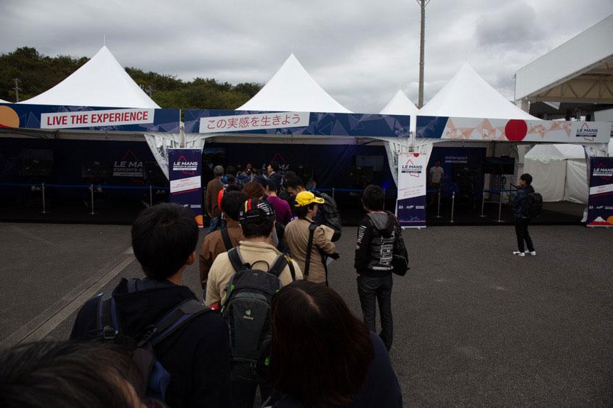 現地予選は、開場してすぐに40~50分待ちの行列が発生するほど人気だった。