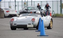 歴史的な名車が全力で走る!第60回「SHCC ミーティング at 大磯ロングビーチ」