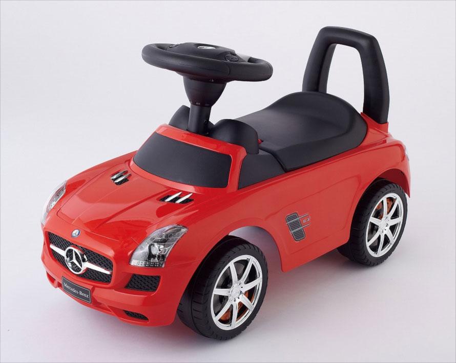 本物そっくりな超本格派! 自動車メーカーとコラボしたリアルな「乗用玩具」がカッコいい