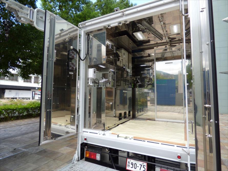 加工スペースには、枝肉に加工するために必要な設備が整然と収まっている。
