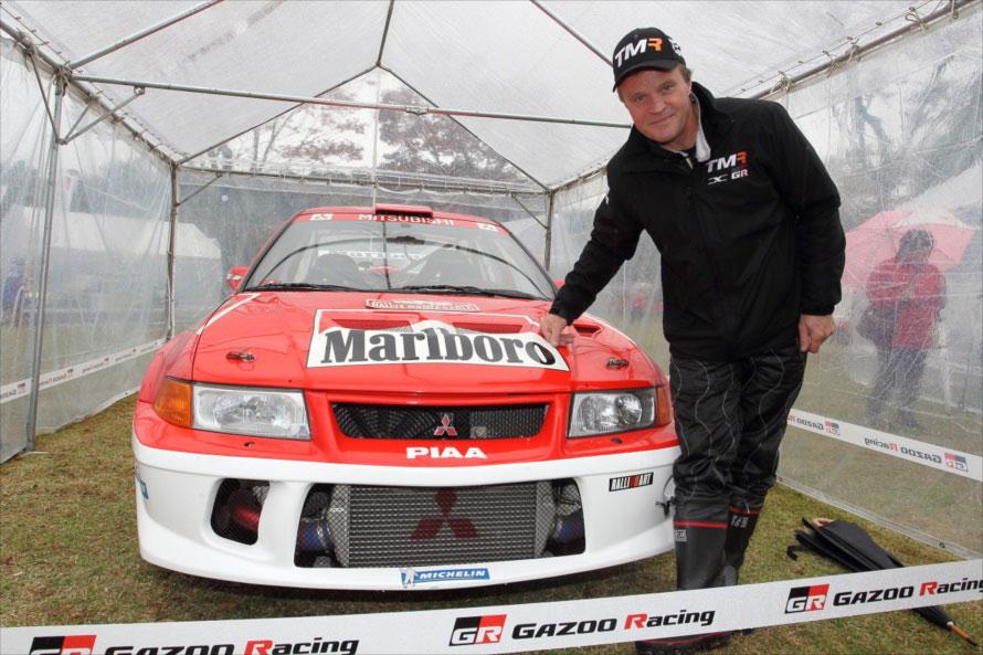 4度のWRCチャンピオンを獲得しているトミ・マキネンと、メイン会場に展示されていた三菱ランサーエボリューション。かつて何度もトヨタの勝利を阻んだコンビだ