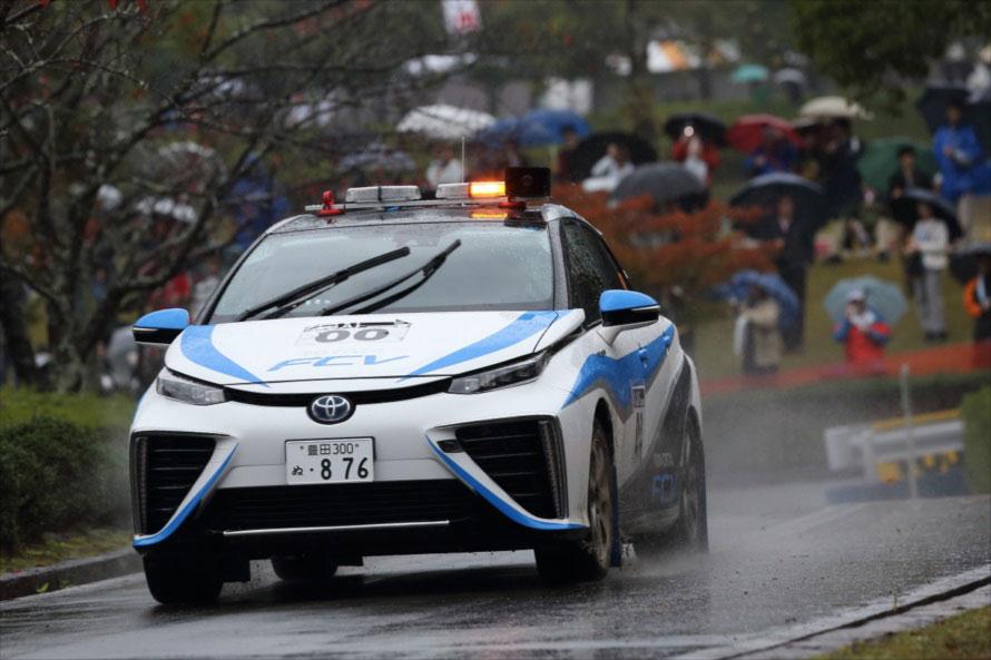 2014年、新城ラリーで00カーに使用されたのはトヨタ ミライ。初日には豊田章男トヨタ自動車社長がドライブするなどサプライズだらけの年だった