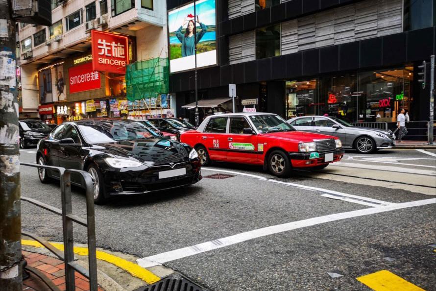 テスラが多い理由とは? 現地で感じたマカオと香港のクルマ事情