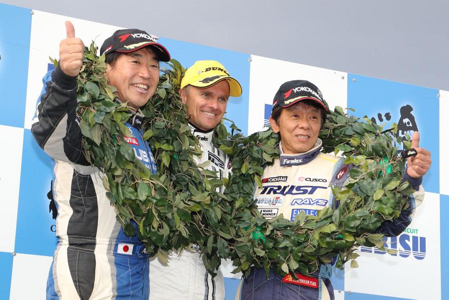JRXエキシビジョンマッチ「Super Hiluxクラス」、優勝:ヘイキ・コバライネン選手、2位:新井敏弘選手、3位:谷田川敏幸選手