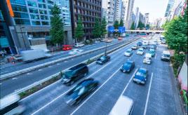 決められたのは大正時代!? 日本の道路が「左側通行」になった理由